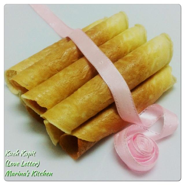 Kueh Kapit (Love Letter)