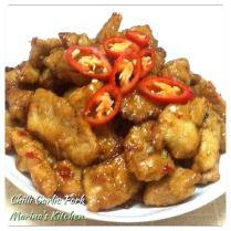 https://marinaohkitchen.wordpress.com/2014/06/26/chilli-garlic-pork/