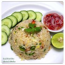 https://marinaohkitchen.wordpress.com/2014/04/18/crab-fried-rice/