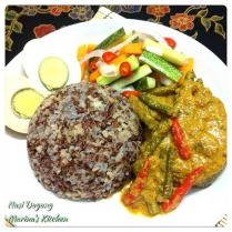 https://marinaohkitchen.wordpress.com/2014/05/10/nasi-dagang-traders-rice/