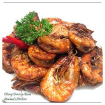 https://marinaohkitchen.wordpress.com/2014/04/16/udang-goreng-asam/