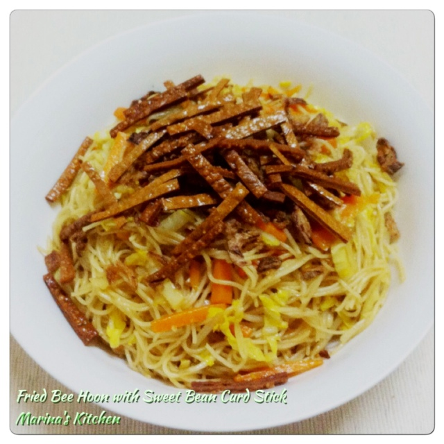 Fried Bee Hoon with Sweet Bean Curd Stick