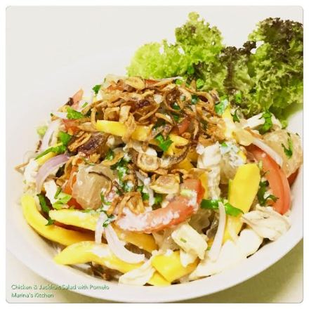 https://marinaohkitchen.wordpress.com/2016/09/22/chicken-jackfruit-salad-with-pomelo/