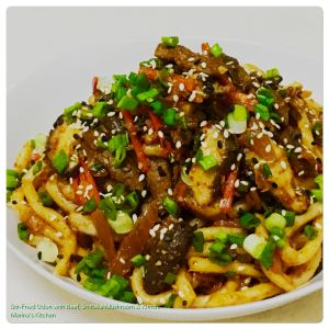 stir-fried-udon-with-beef-shiitake-mushroom-kimchi